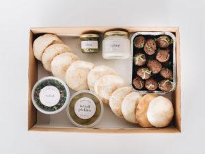 Falafel family box