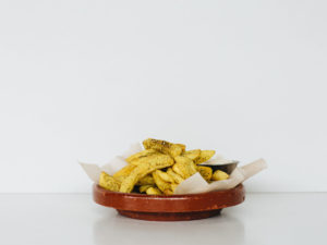 Zaatar chips served with aioli