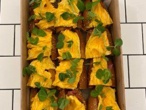 Breakfast roll box